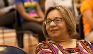 Miles despiden restos mortales de Magaly Pineda