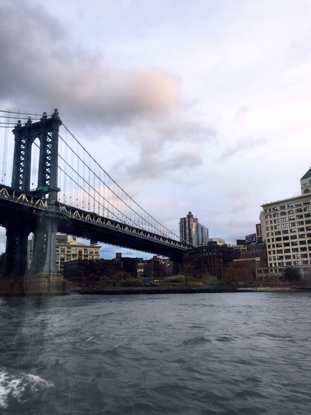 Humphrey Loft Manhattan Bridge DUMBO Brooklyn Gossip Girl