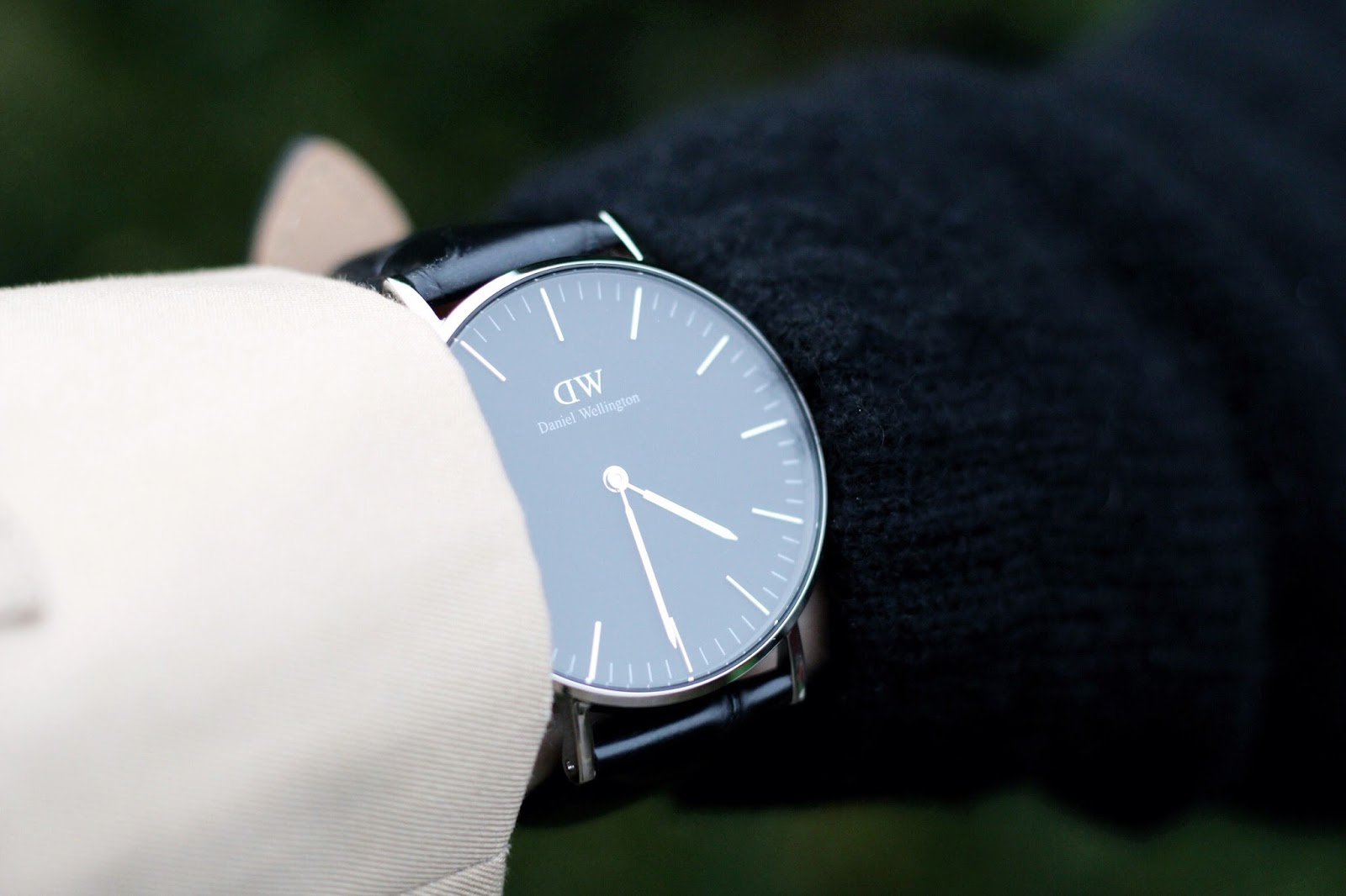 Black and silver Classic Reading Daniel Wellington watch
