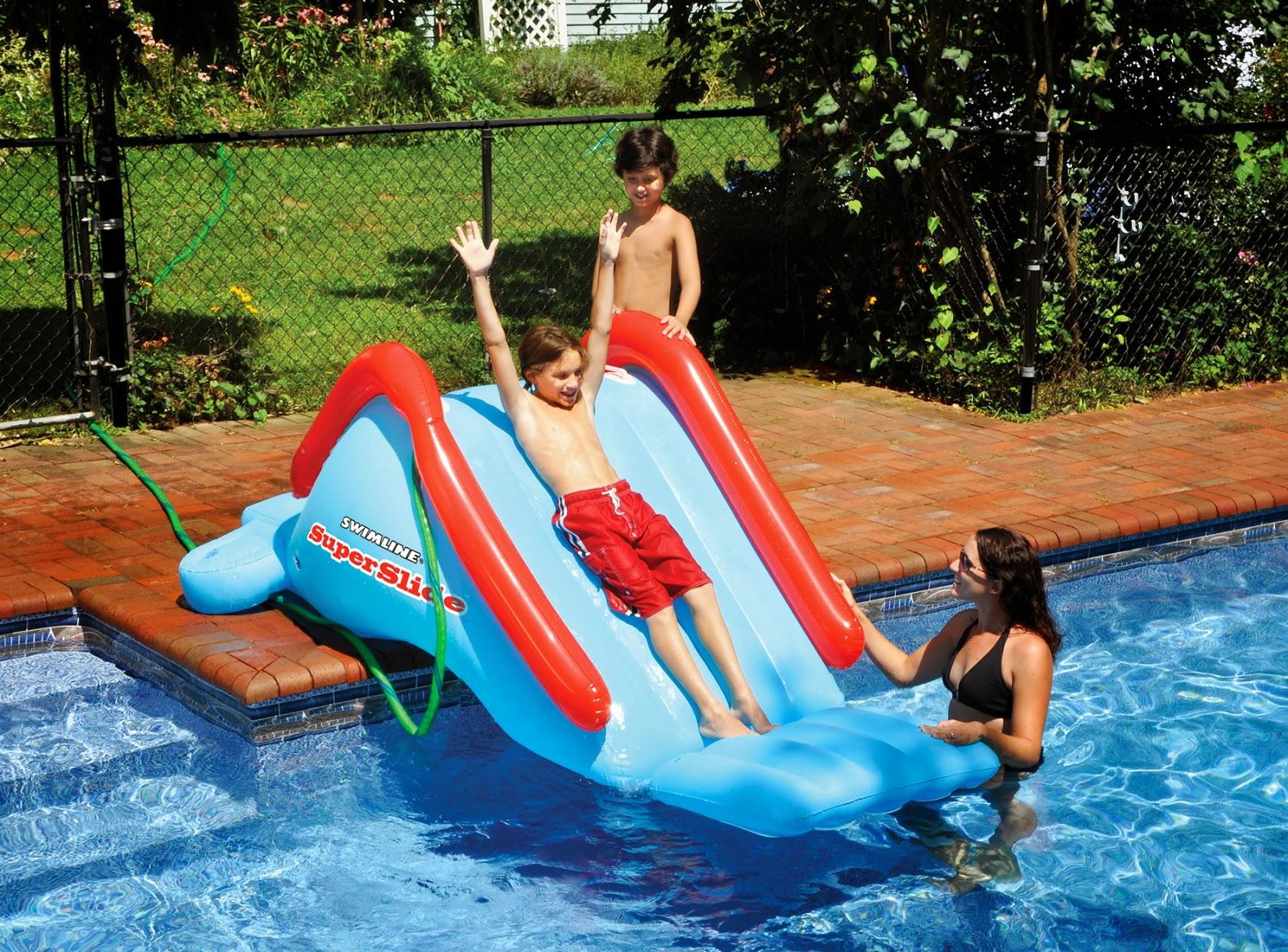 b1959863171 The inflatable pool slide is much more affordable than the traditional pool  slide. It is also very easy and quick to install. Having this particular  pool ...