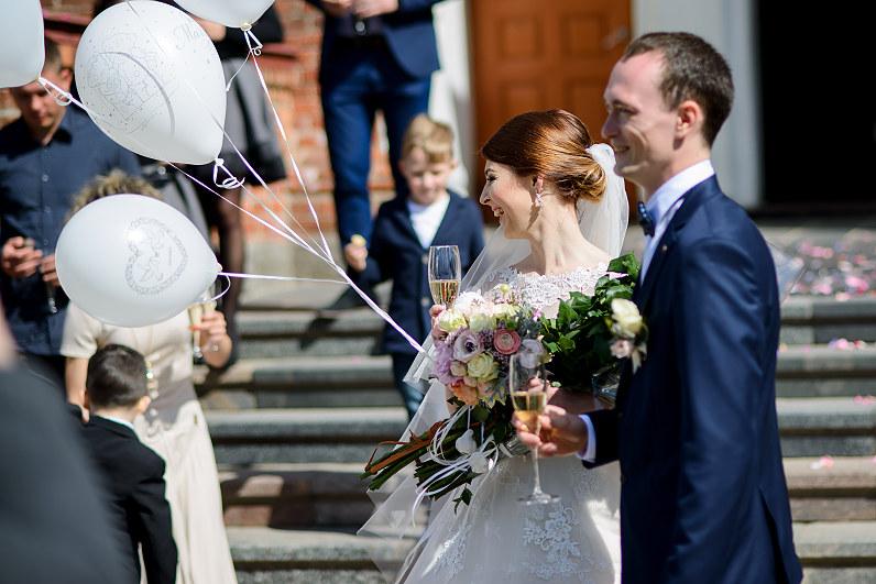 balti balionai vestuvėse