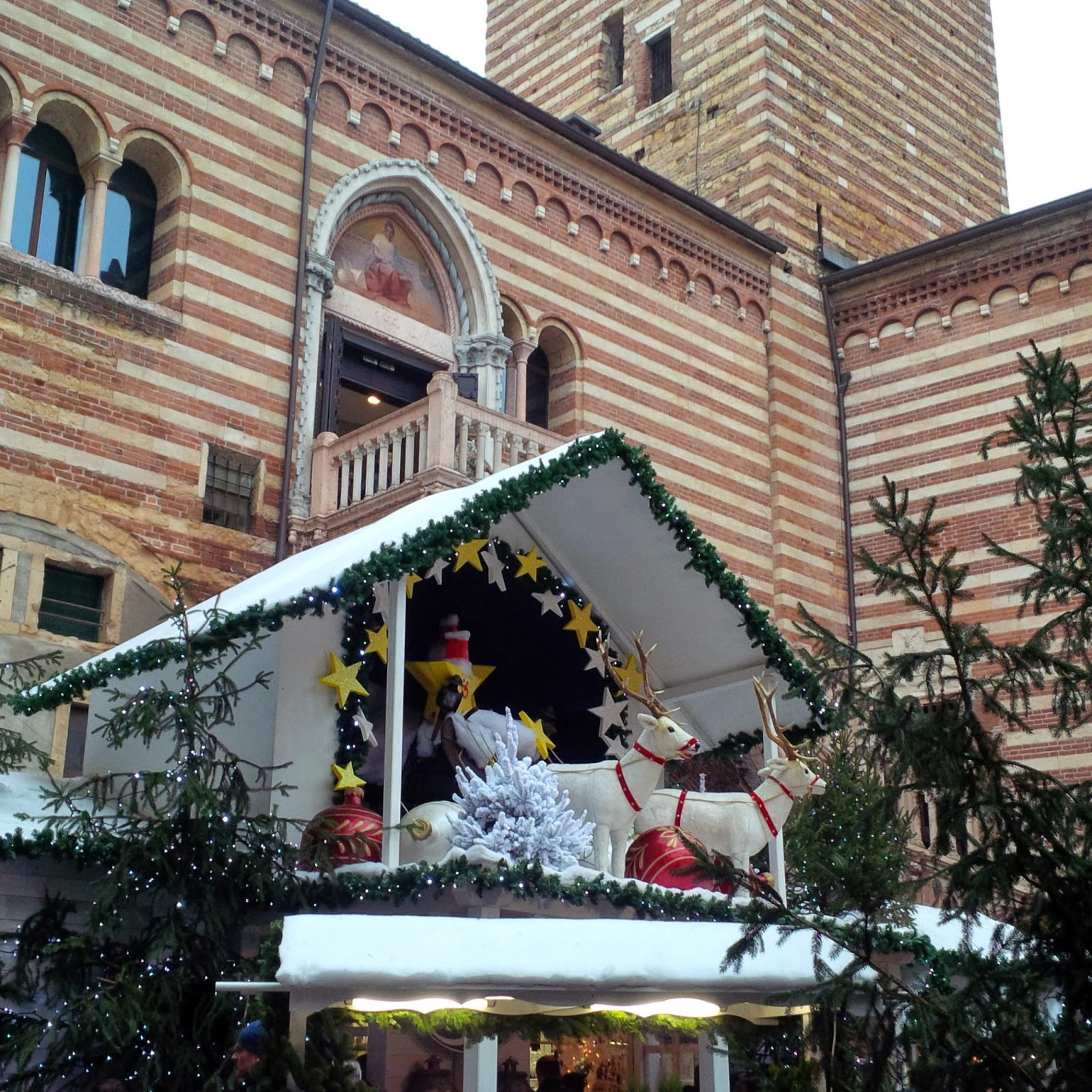 Santa Claus' reindeer and sleigh at the Christmas market in Verona