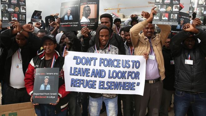 Israel court suspends plan to deport African migrants