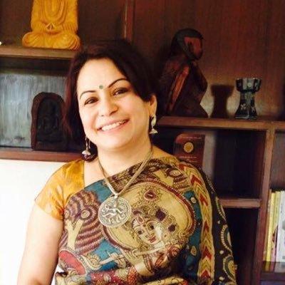 सोशल मीडिया की ख्यातनाम शख्सियत शेफाली वैद्य जी का आम भारतीय हिन्दू को सुझाव !