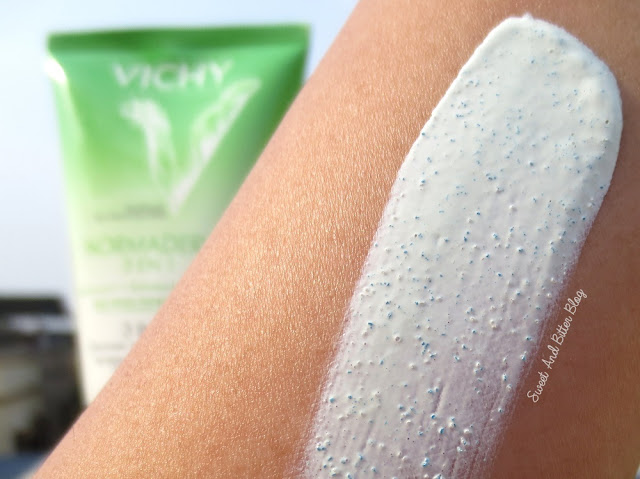 Vichy Normaderm 3 in 1 Cleanser Scrub Mask Texture