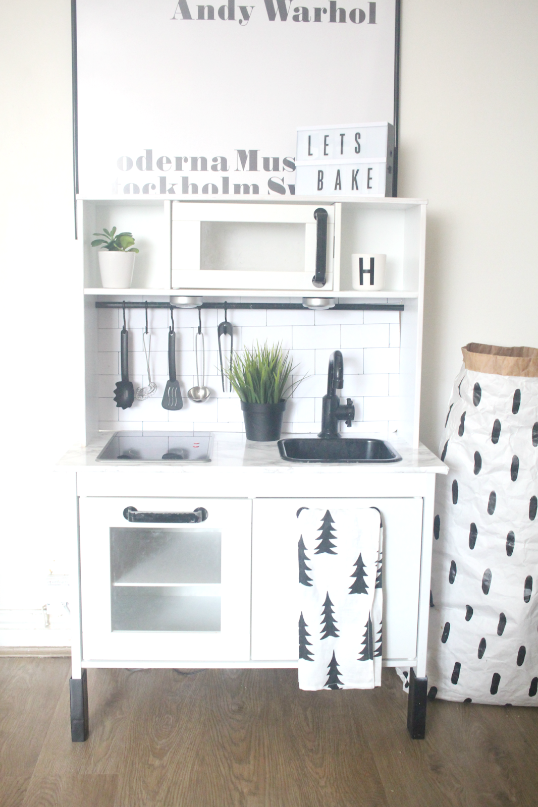 ikea hack duktig play kitchen monochrome makeover oh so. Black Bedroom Furniture Sets. Home Design Ideas