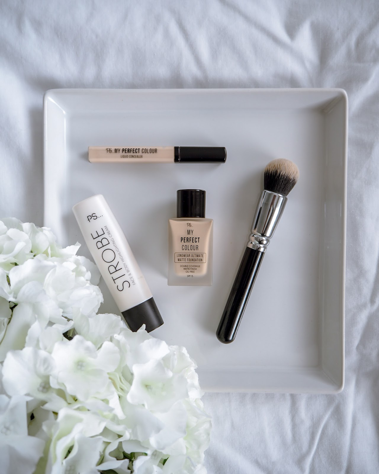 Beauty Products Primark: Testing Primark Longwear Ultimate Matte Foundation