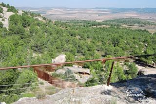 vista general  de los Cantos de visera, desde la parte alta del camino