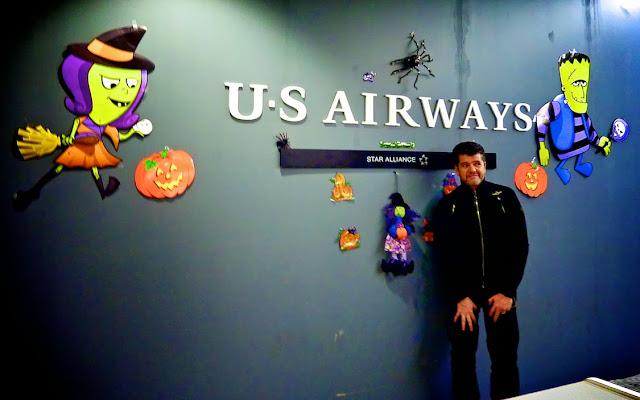 Mostrador de US Airways en Halloween