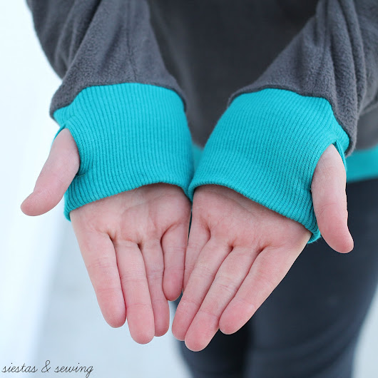 Siestas and Sewing: Thumbhole Obsession