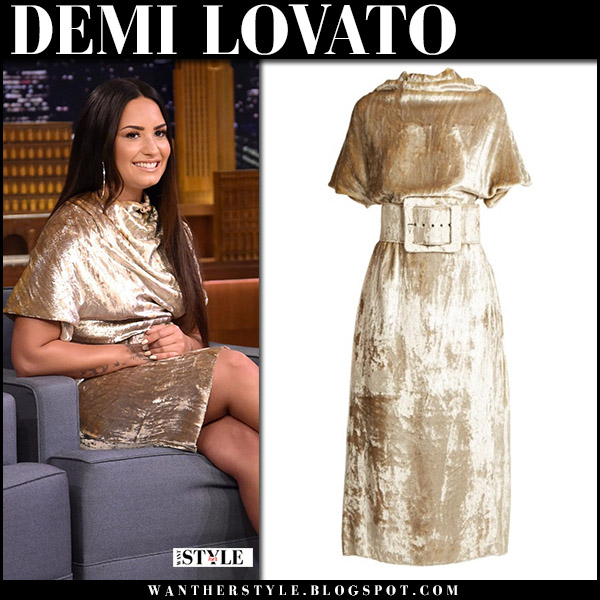Demi Lovato in gold velvet dress maison margiela on Jimmy Fallon september 18 2017 fashion
