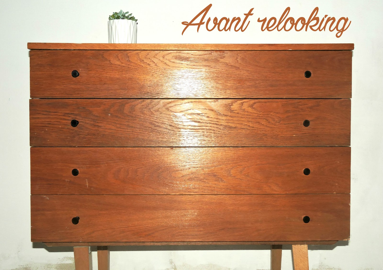 Diy relooker la commode de m m la blondassidue for Enlever vernis meuble