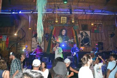 Trip-wisata-bali-apache-reggae-club