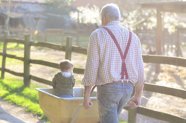 visitar-granja-con-niños-fin-de-semana-en-familia-granja-mas-casablanca-barcelona