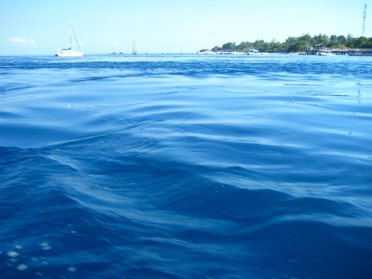 길리 인근의 바다