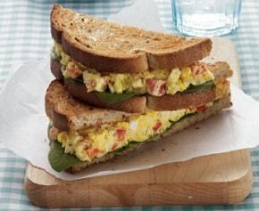 sandwich telur kari