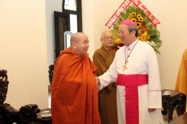 Thành hội Phật giáo chúc mừng Giáng sinh tới tổng giáo phận Sài gòn - Ảnh minh hoạ 2