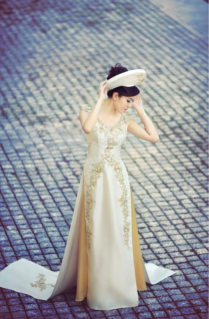 d7982a9570f741728fbb1c1f9bf69096 - Modern Vietnamese Wedding Dress