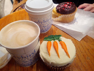 Carrot Cake Cupcake, Coffee