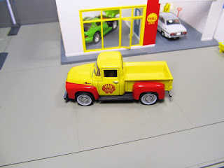 GreenLight Shell 1956 Ford pickup