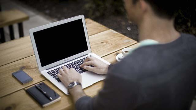 Cara Mengatasi Laptop Windows Hidup Lagi Setelah Shutdown