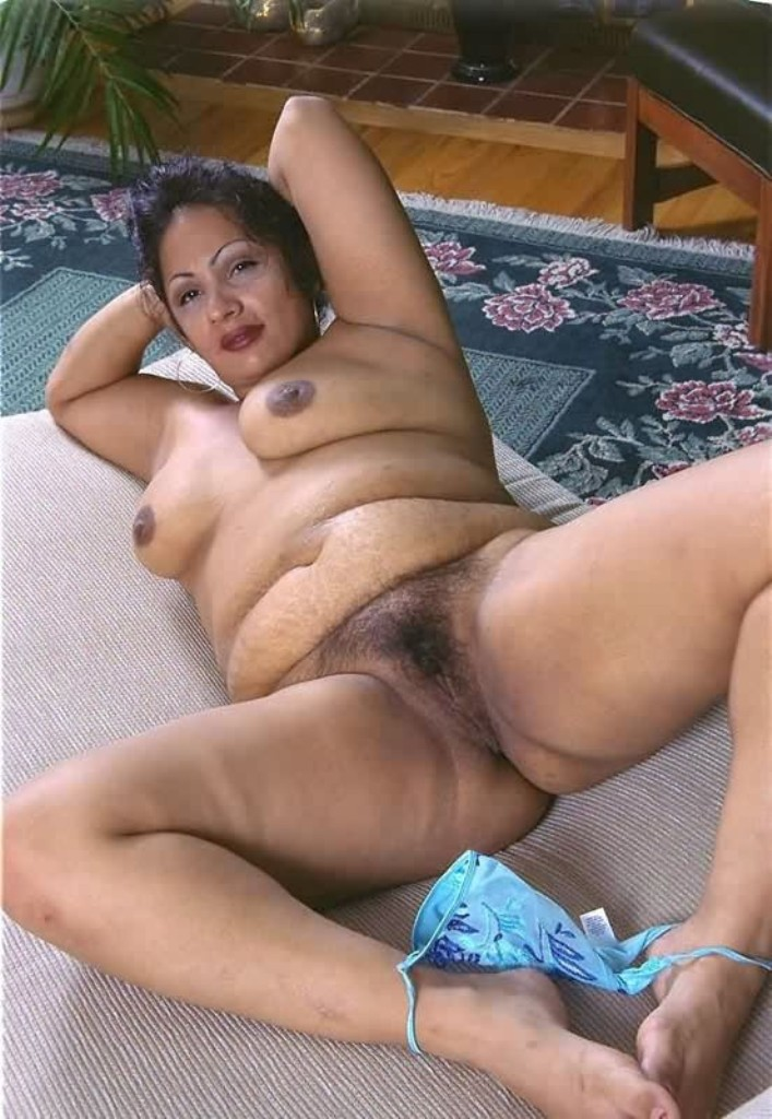 Nude Indian Milf