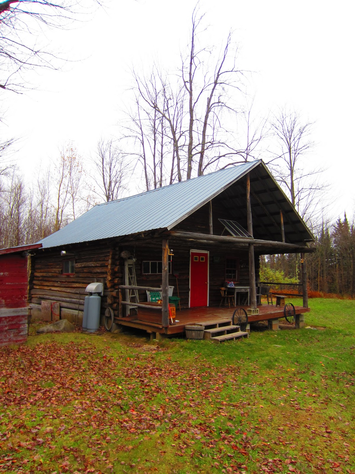 Tiny Home Designs: Relaxshacks.com: A Log Cabin In Northern Vermont- 20' By