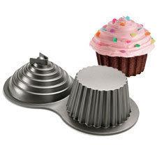 Lauralovescakes Giant Cupcake Cake
