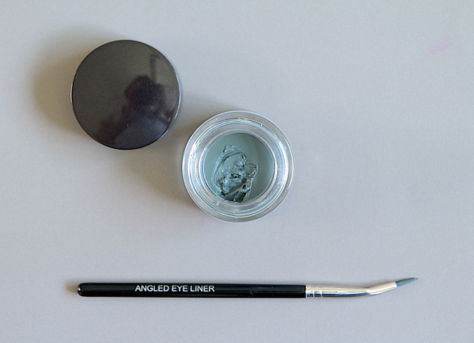 laura mercier creme eye liner graphite avis test swatch