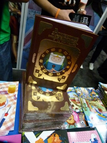 Things To Do In Los Angeles  Adventure Time Time  Simon   Marcy Emmy     Here s the photos of the special limited Enchridion edition of Adventure  Time Volume 1 from the Boom Booth at Comic Con 2013  Below are the special  con only