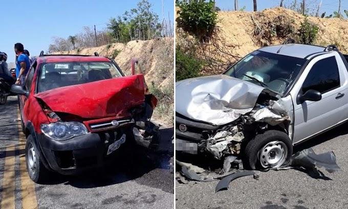 Colisão entre dois veículos deixa 2 feridos entre Serrolândia e Jacobina