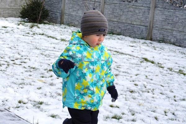 przedszkolak na śniegu - sposoby na odporność