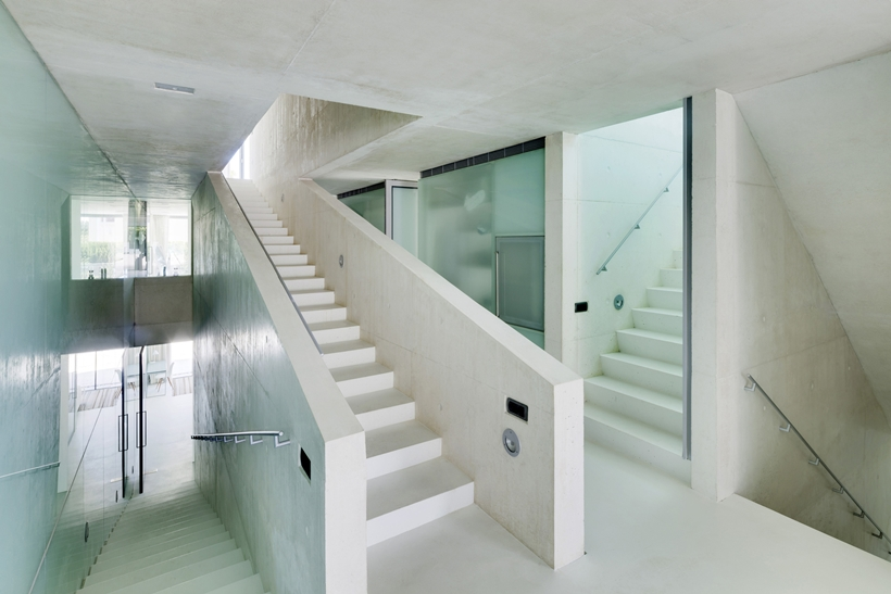 Stairs in the House with swimming pool by Wiel Arets Architects (WAA)