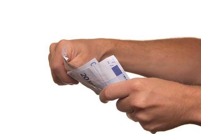 บัตรเครดิต Bangkok Bank Visa Platinum Credit Card ดอกเบี้ยเท่าไหร่