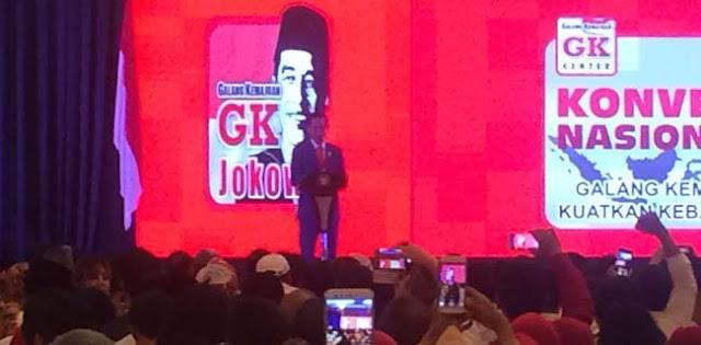 Jokowi Salah Kostum Di Acara Relawan Pendukungnya