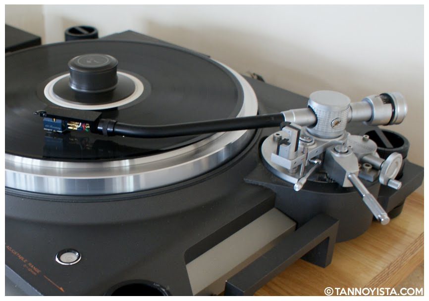 Side view of the TRIO KENWOOD L-07D Turntable - Tannoyista.com