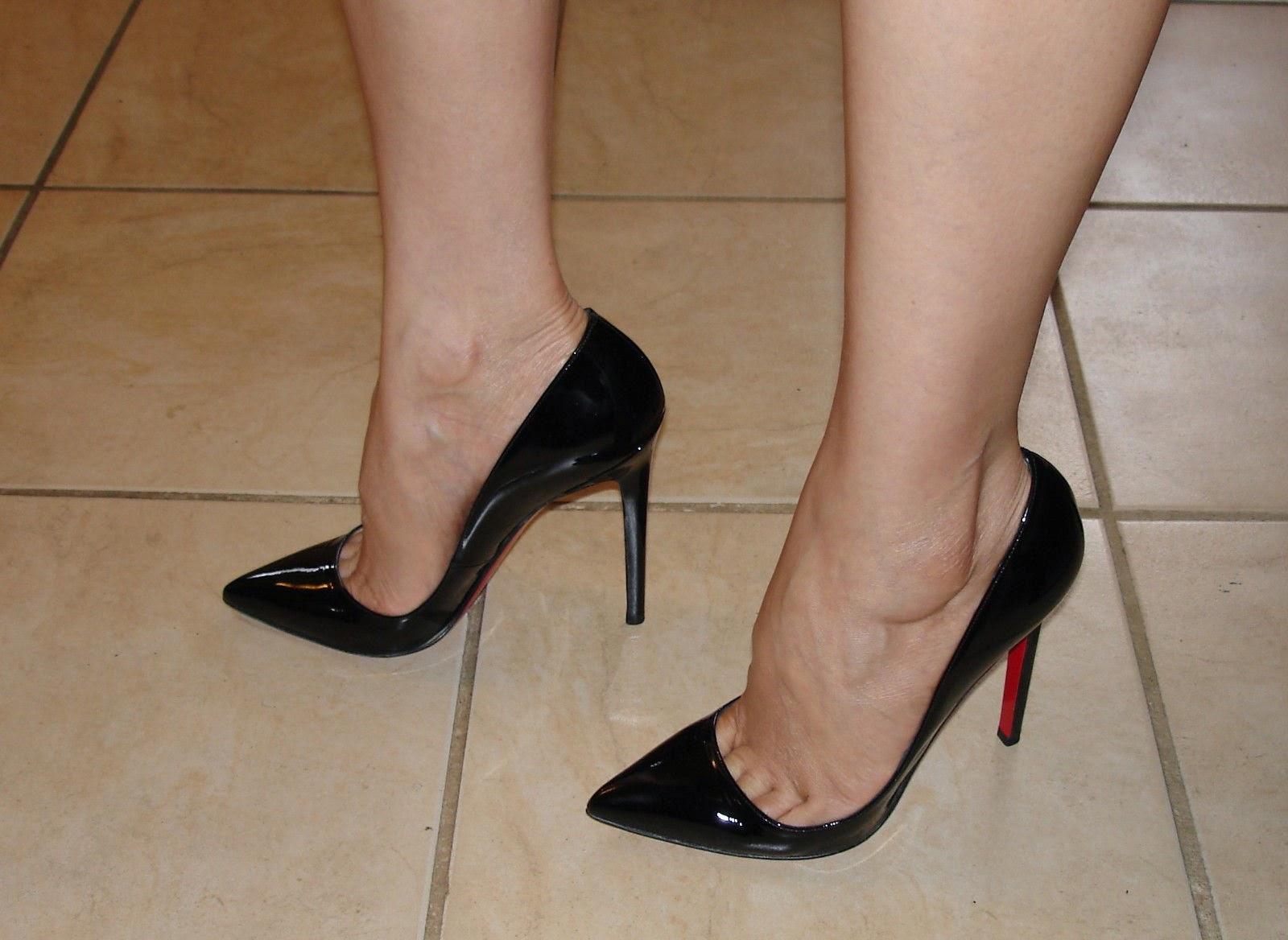 Nylon Toe Cleavage 50