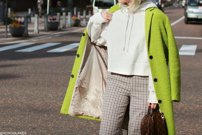 Japanese Fashion Blogger,MizuhoK,20190224OOTD, TOPSHOP= right green coat, Twinset= gun club check pants, Jeanasis = white Hoodie, ZARA= sneakers, LOUIS VUITTON= mini backpack, zeroUV=sunglasses