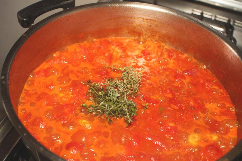 Jak przyszykować włoski sos do słoików? J