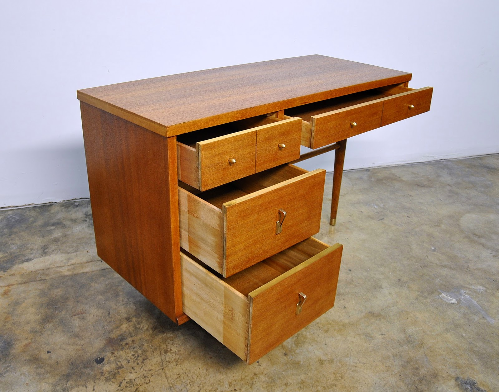 Select Modern Stanley Furniture Desk Or Vanity Table