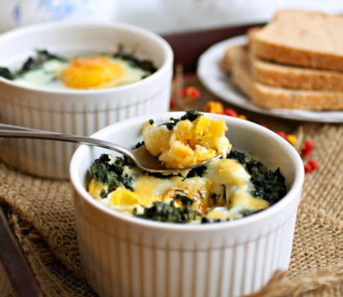 Cheesy Polenta and Spinach Baked Eggs