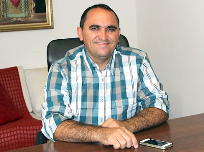 Portal Costa Branca - Jailton Rodrigues: Prefeito Fabio Bezerra antecipa  pagamento do Servidor Público Municipal de Serra do Mel