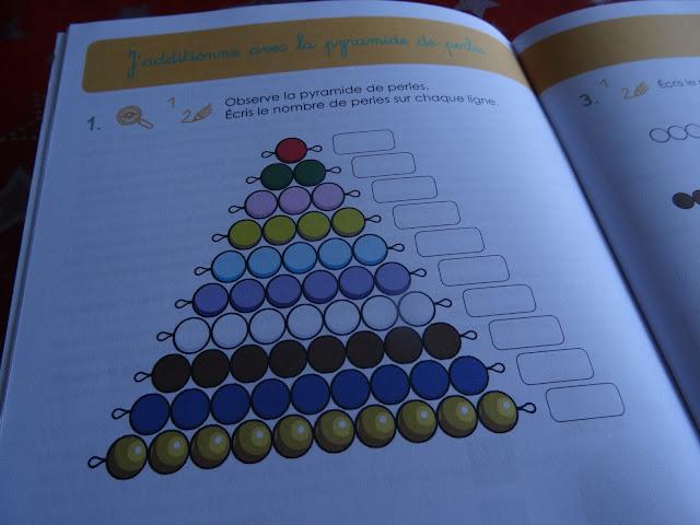 J'additionne avec la pyramide de perles Montessori