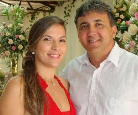 2955c418a6007 Hoje é dia de abraçar e parabenizar as empresárias Eleni Tavares (Di Perola  Lingerie) e Emanuela de Norões (Ortobom)