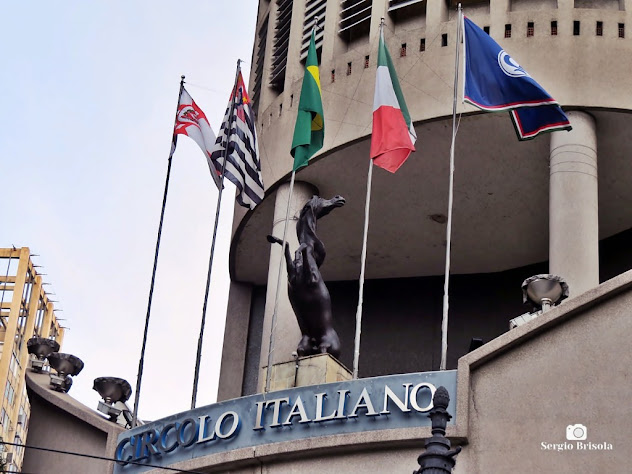 Close-up da Escultura Cavalo Rampante - Edifício Itália - Centro - São Paulo
