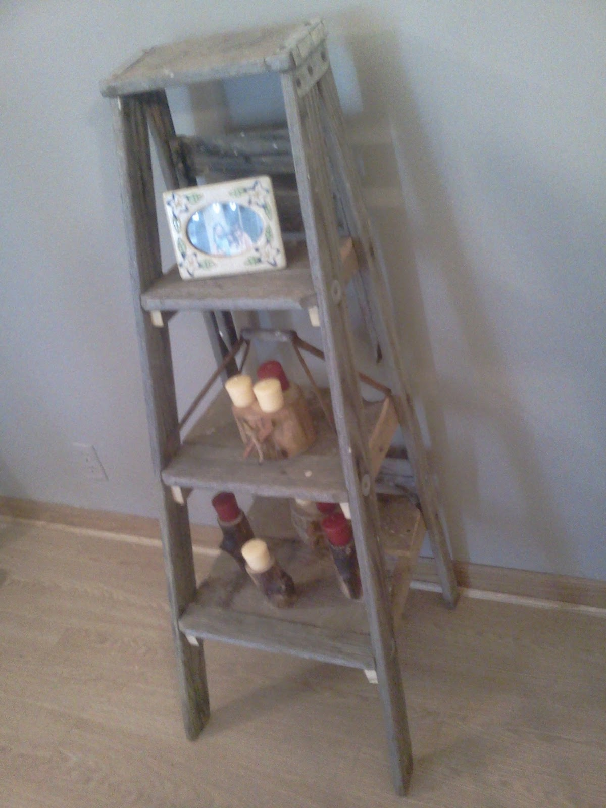 Step Ladder Shelves