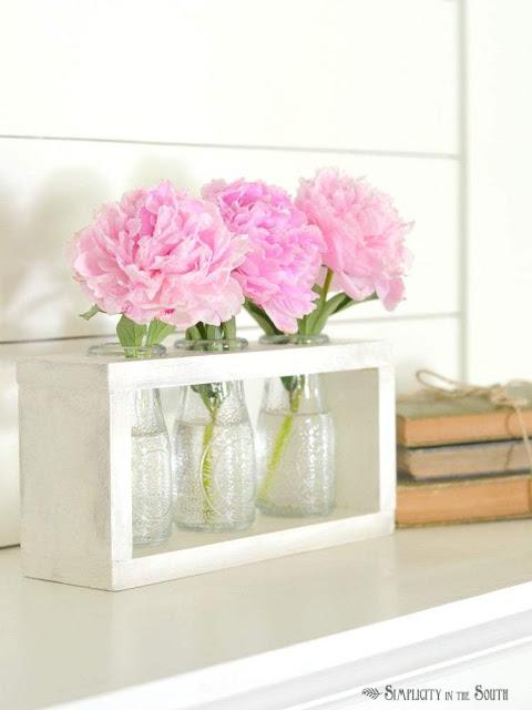 Farmhouse Style Flower Vase Holder with Dollar Tree Bottles