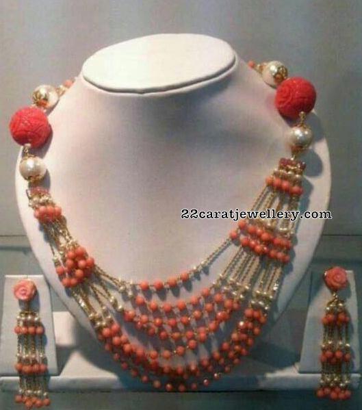 14 Carat Gold Coral Beads Set