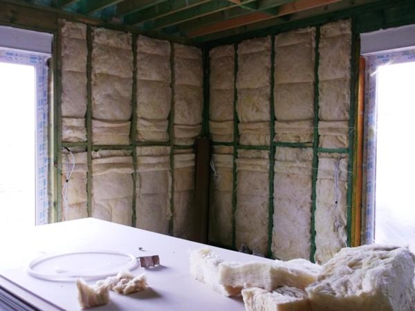 ocieplenie domu szkieletowego, kanadyjczyk, wełna mineralna, styropian