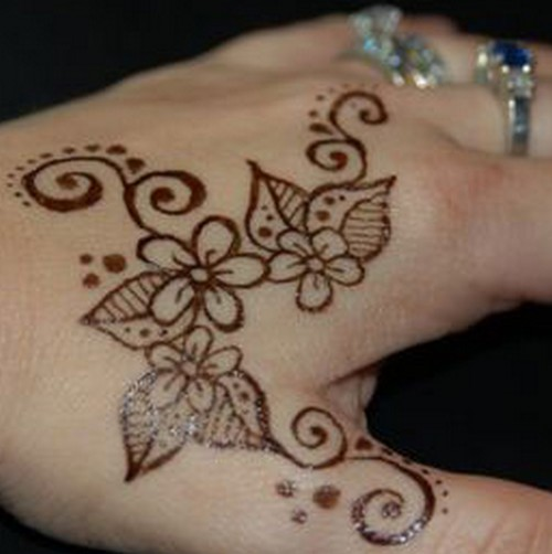 Cute Henna Tattoo Designs: Easy Henna Tattoos